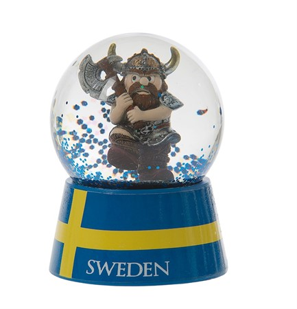 SNOWGLOBE VIKING WITH AXE (6)