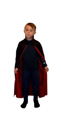 DRACULA CAPE BLACK AND RED KID 122-134